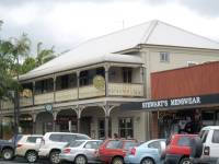 Mullumbimby - Middle Hotel (formerly Commercial Hotel) (18 Apr 2008)