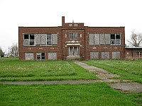 USA - Nilwood IL - Abandoned Nilwood Public School (1927) (10 Apr 2009)