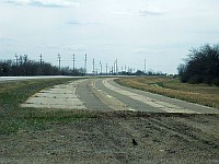 USA - Odell IL - Abandoned 4 lane Route 66 2 (8 Apr 2009)