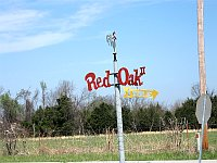 USA - Maxville MO - Red Oak II Sign (15 Apr 2009)