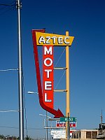 USA - Albuquerque NM - Aztec Motel Neon Sign (24 Apr 2009)