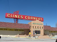USA - Clines Corners NM - Neon Sign (21 Apr 2009)