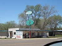 USA - Tucumcari NM - Abandoned Trading Post &  Sign (21 Apr 2009)