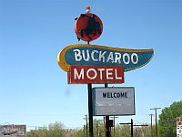 USA - Tucumcari NM - Buckaroo Motel Neon Sign (21 Apr 2009)