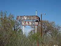 USA - Wagon Wheel NM - Abandoned Longhorn Ranch Neon Sign (21 Apr 2009)