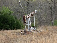 USA - Bellvue OK - Old Oil Pump (17 Apr 2009)