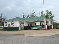 USA - Davenport OK - Restored 1933 Texas Co Gas Station (17 Apr 2009)