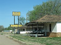 USA - Erick OK - Former Elm Motel (20 Apr 2009)