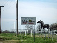 USA - Quapaw OK - Native America Sign & Statue (16 Apr 2009)