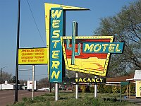 USA - Sayre OK - Western Motel Neon Sign (20 Apr 2009)