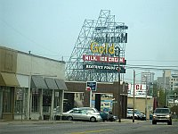 USA - Tulsa OK - Meadow Gold Sign (16 Apr 2009)