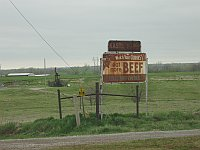 USA - Yukon OK - 'Watch Your Curves' Beef Sign (19 Apr 2009)