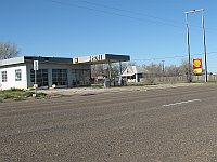USA - Vega TX - Abandoned Shell Gas Station (21 Apr 2009)